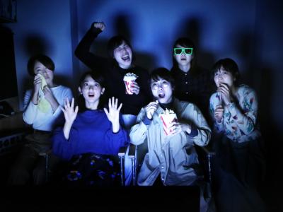 BAR UM「予告編だけの映画祭」  11月20日開催